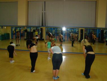 Фитнес тренировки  - с мячом, степ-фитнес
