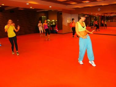 Танцы или фитнес