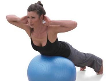 Самое простое упражнение – качаем пресс