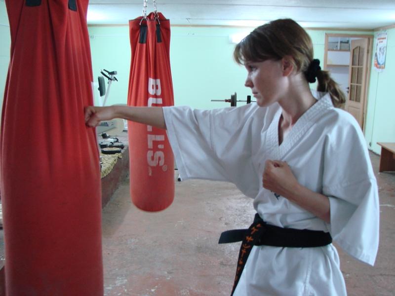 Боевые искусства для женщины
