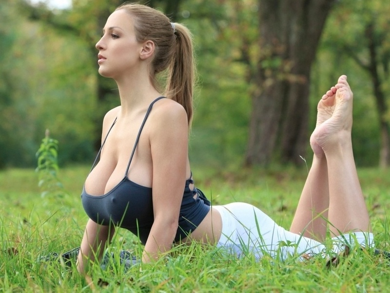 Как подтянуть грудь при помощи фитнеса